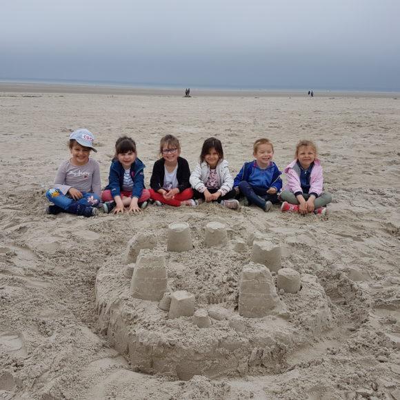Concours de châteaux de sable chez les MS/GS de Mme Veillard