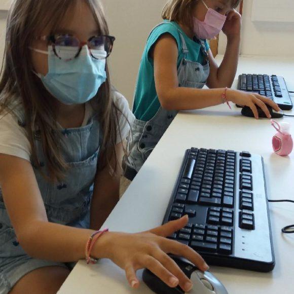 1ère séance en informatique pour les CE1
