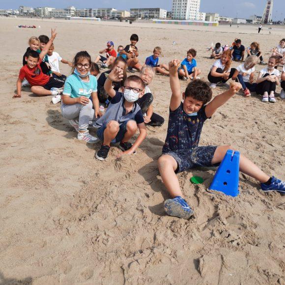 Sport sur la plage pour les CE2-CM1